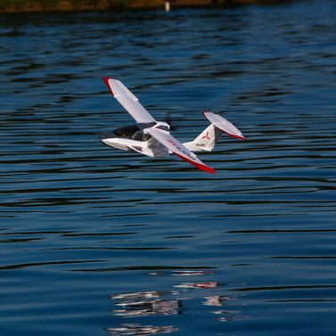 E-flite ICON A5 1300 mm Park Flyer BNF