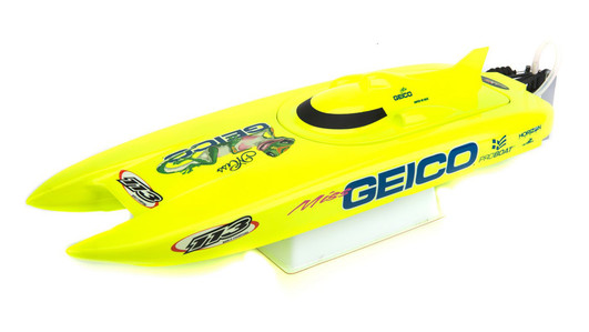 Pro Boat Miss Geico 17-inch Catamaran Brushed: RTR INT