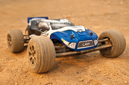 S10 Twister Truggy 2.4 GHz 2WD 1:10 RTR